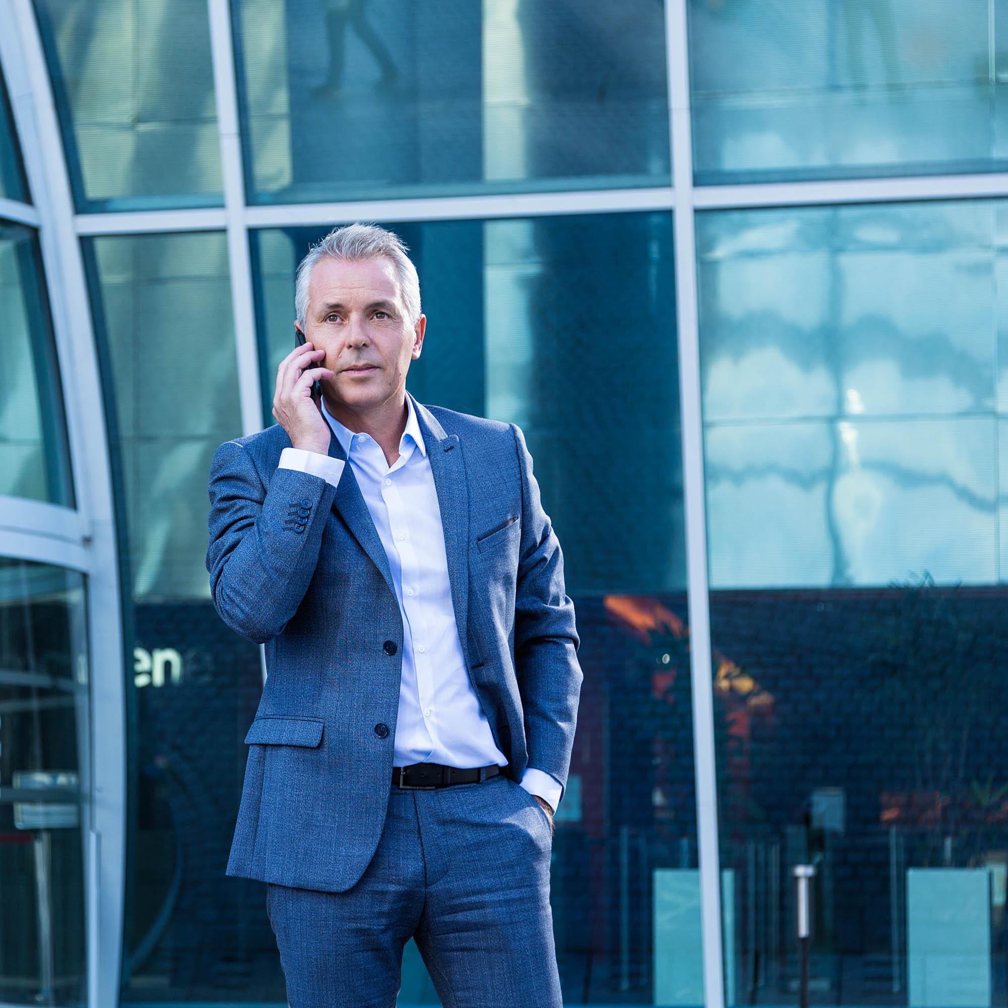 Philippe MONTANAY - Conseil en Médias - MANIAC MEDIA